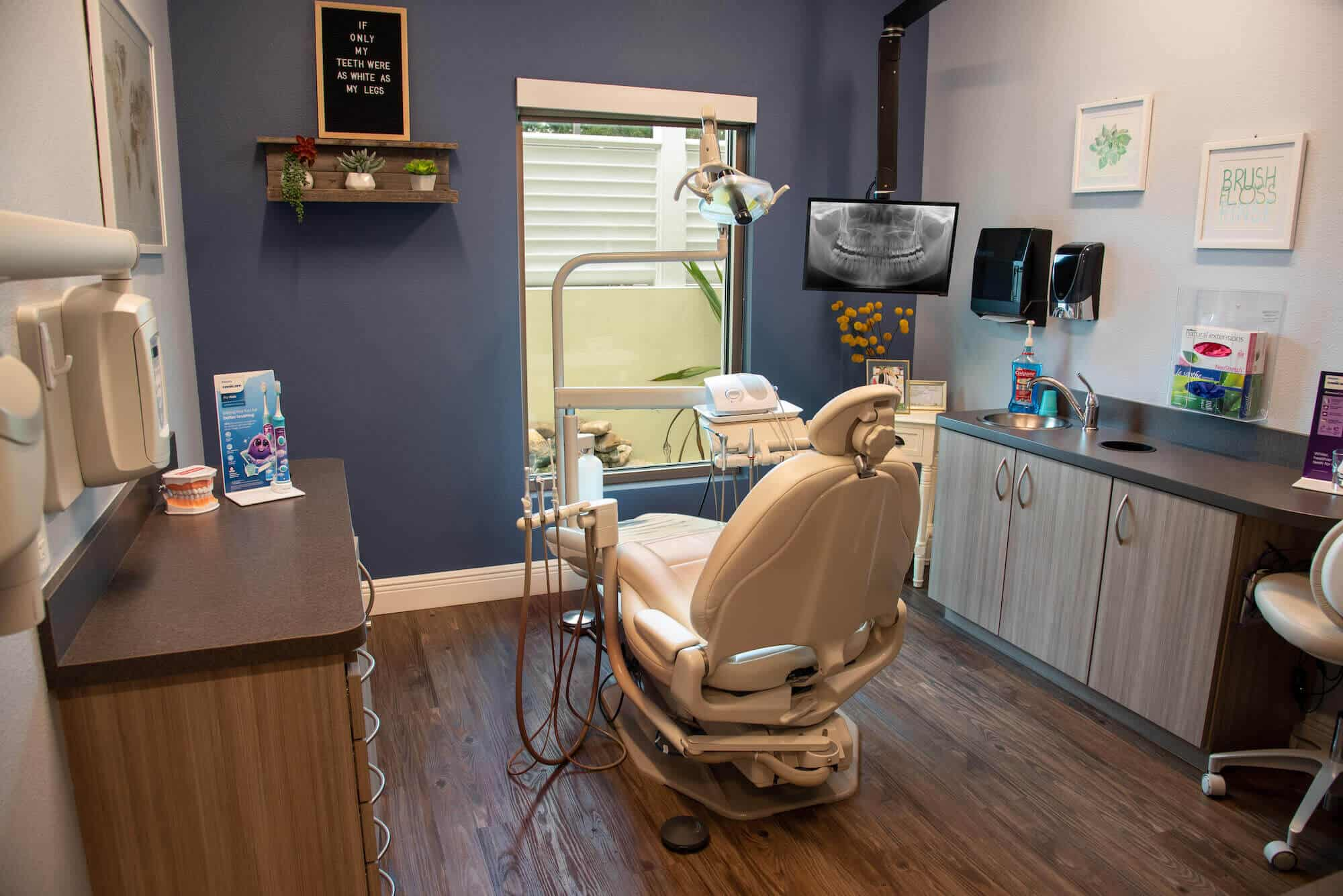 agnini-family-dental-lakeland-florida-SS Hyg Op
